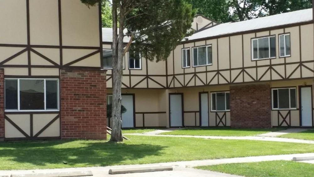 1224 W Breckenridge Drive